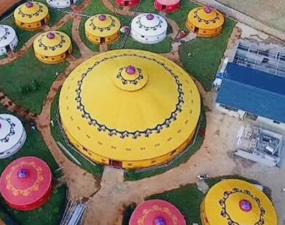 蒙古包供应厂家说说蒙古包为什么是穹隆形